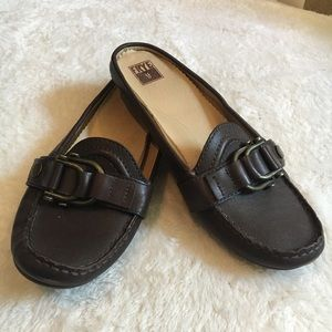 FRYE Leather Bit Flat Mules Size 7.5M Dark Brown